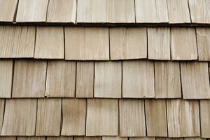 learn the best characteristics of wood siding installations